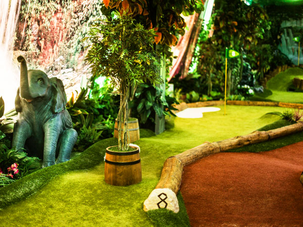 Lost World Minigolf w Zgorzelcu